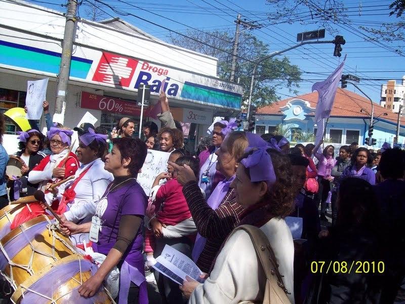 Ato contra violência a mulher em Guarulhos/SP