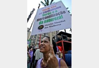 Mulheres em luta contra a mercantilização da natureza e da vida!