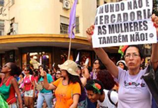 A quem serve a regulamentação da prostituição?