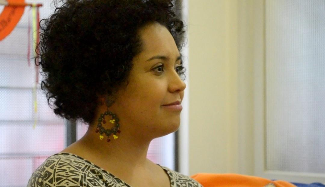 """""""Quando me descobri negra"""", um livro pessoal e coletivo de muitas mulheres negras"""