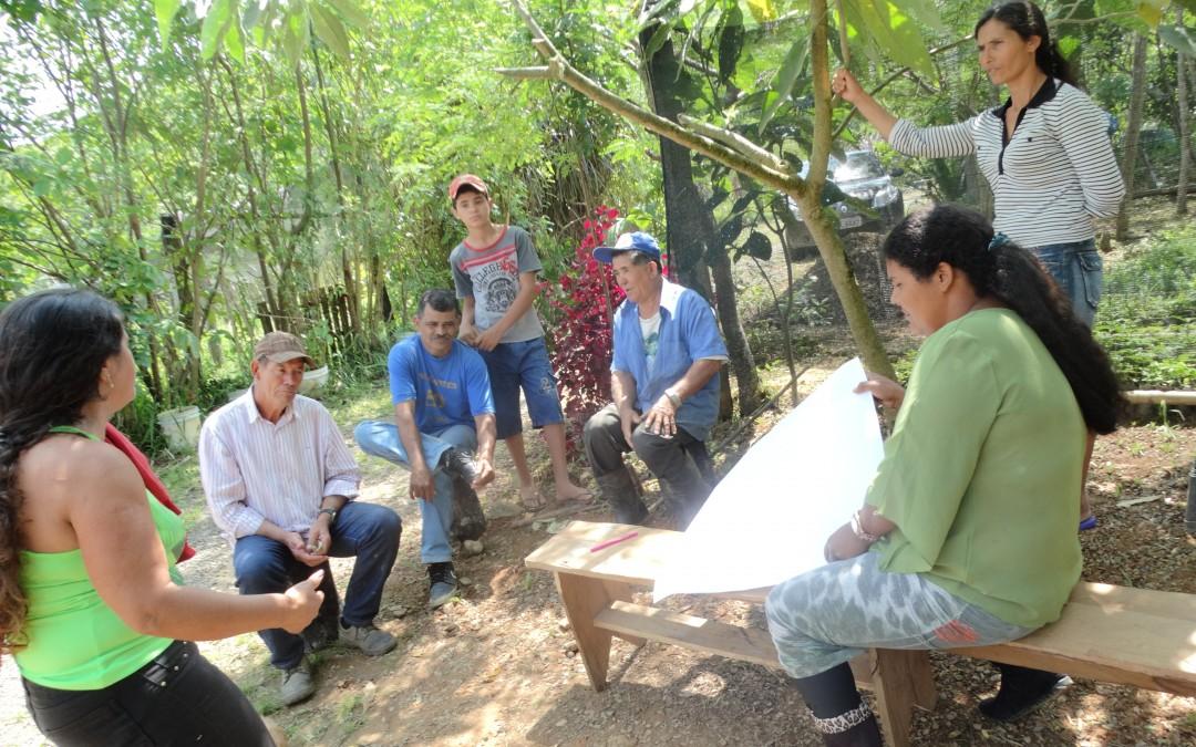Mulheres rurais se organizam para ampliar comercialização de produtos na Barra do Turvo