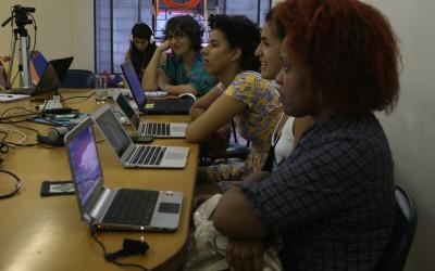 Oficina reúne mulheres para debate sobre segurança na web