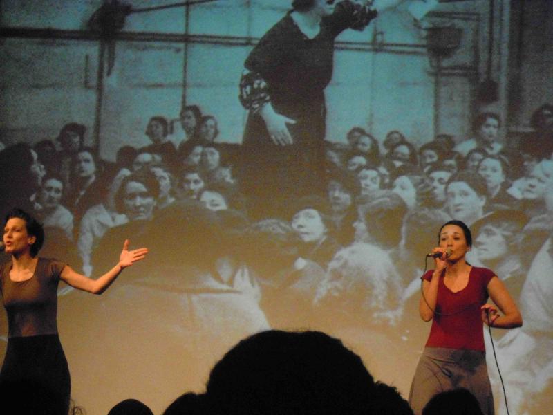 """Espetáculo feminista """"Carne"""" começa nova temporada em São Paulo"""