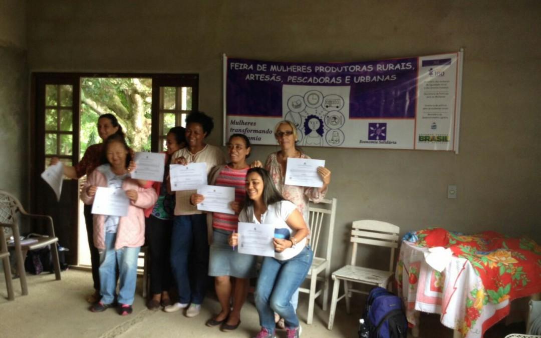 União de Mulheres Agricultoras de Peruíbe recebe certificado do Sistema Participativo de Garantia de Alimentos Orgânicos