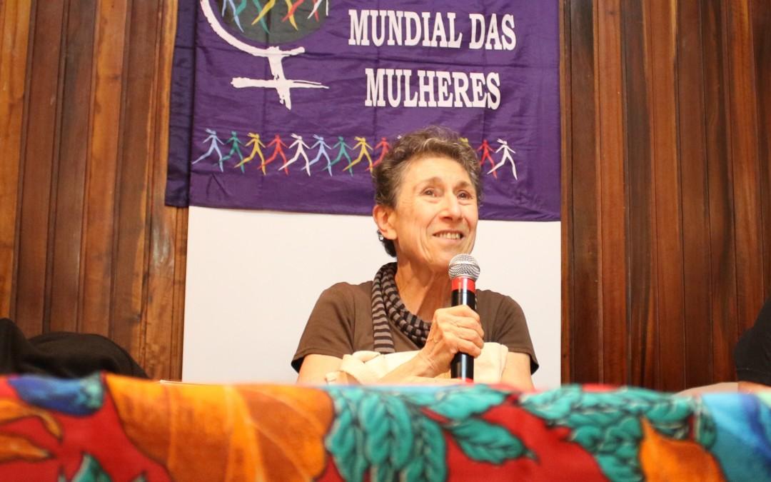 """Silvia Federici: """"Precisamos desenvolver uma perspectiva feminista dos comuns"""""""