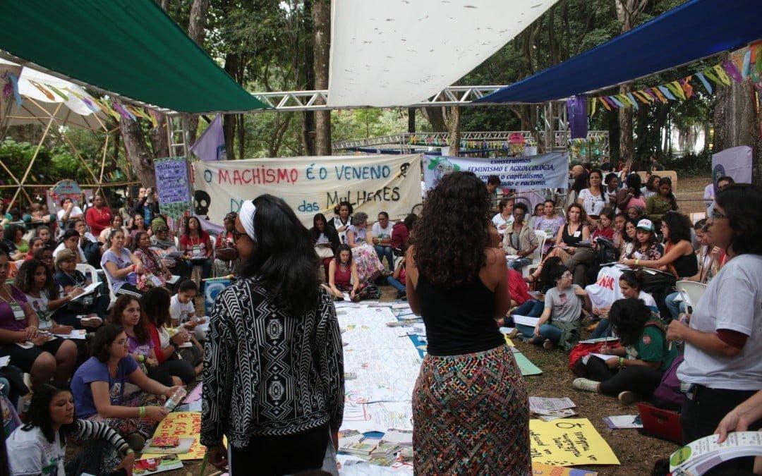 """""""Sem feminismo não há agroecologia"""": Seminário de mulheres traz lutas de todo o país para o ENA"""