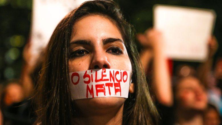 Lei Maria da Penha avança, mas silenciamento social permanece