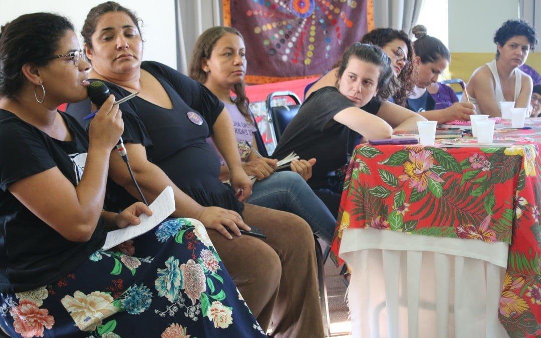 Mulheres debatem sobre feminismo e trabalho em Seminário Internacional