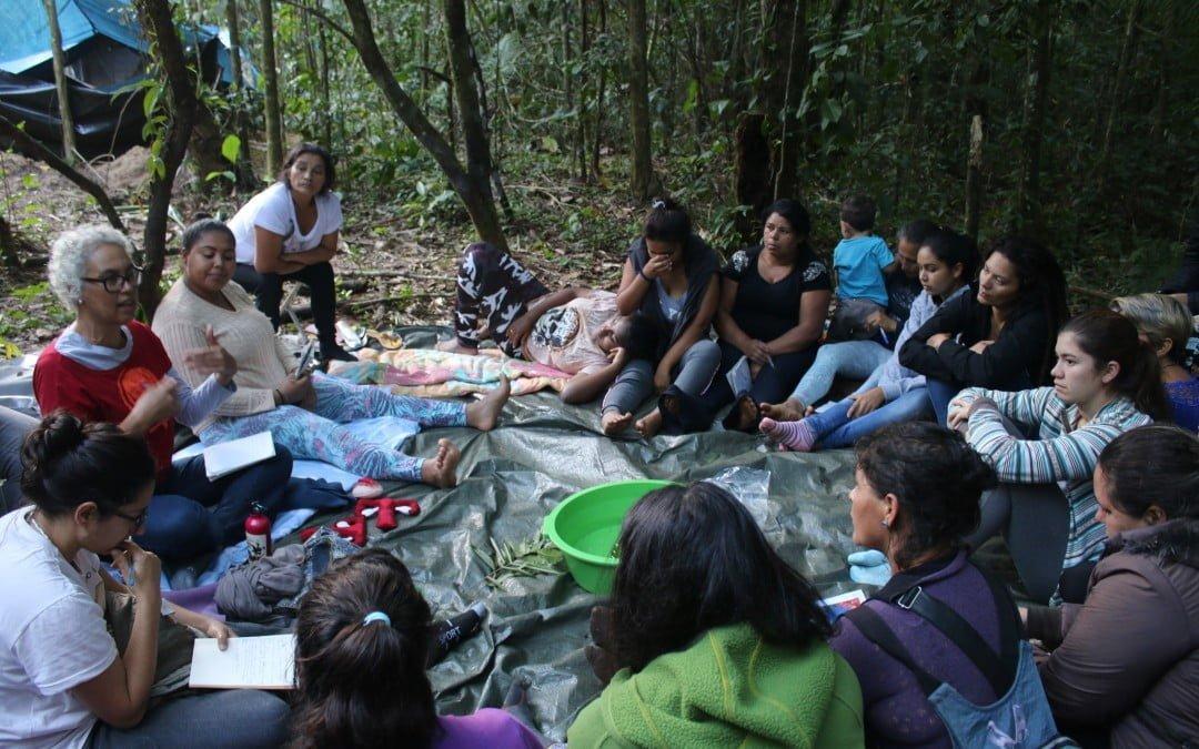 Escola de formação em agroecologia e feminismo é também solidariedade com as caiçaras
