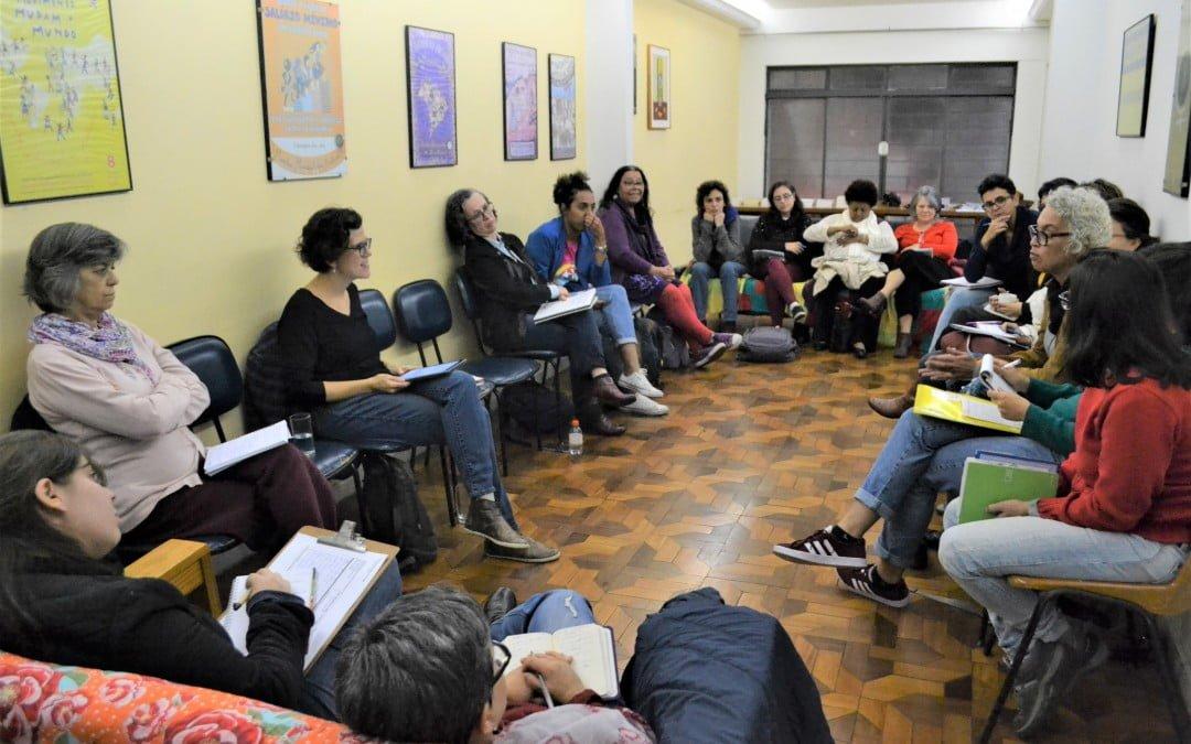 Conservadorismo e desmonte da democracia são temas de reflexão com Flávia Biroli, na SOF