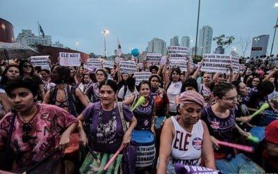 Feministas vão às ruas contra Bolsonaro no 8 de março