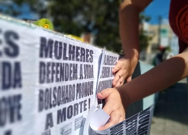 O trabalho doméstico e a renda básica das mulheres de um Brasil em crise