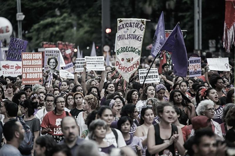 No 7 de setembro e todos os dias, as mulheres não arredam o pé da rua e exigem: Fora, Bolsonaro